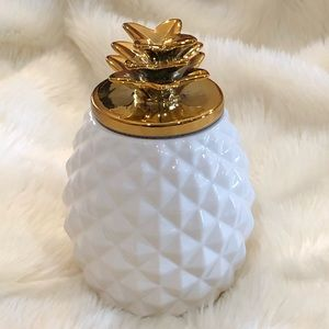 New White & Gold Pineapple Canister